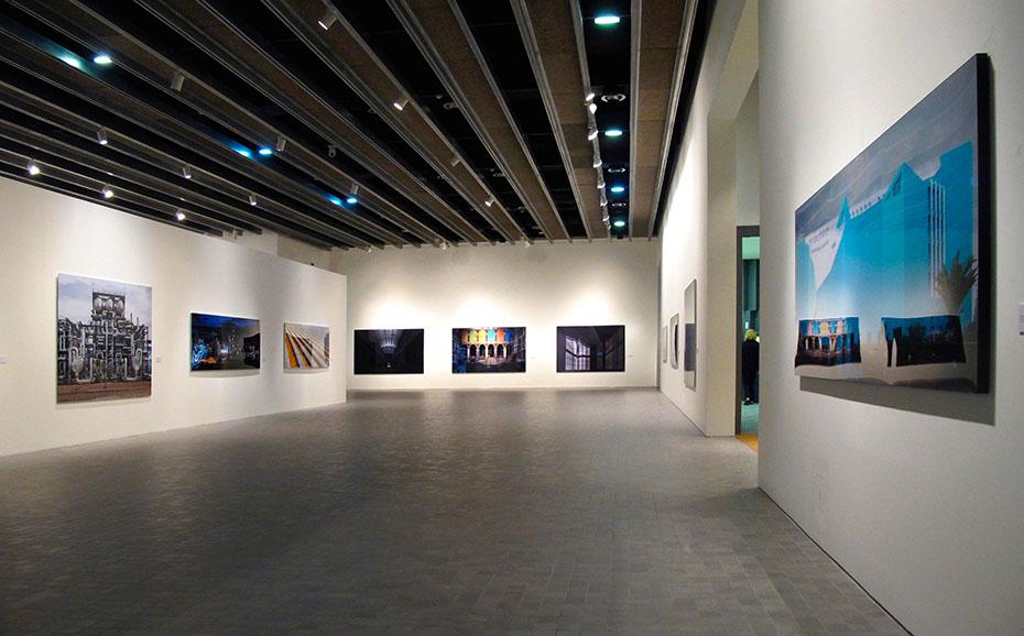 Exposición Pablo Serrano. J. M. Ballester